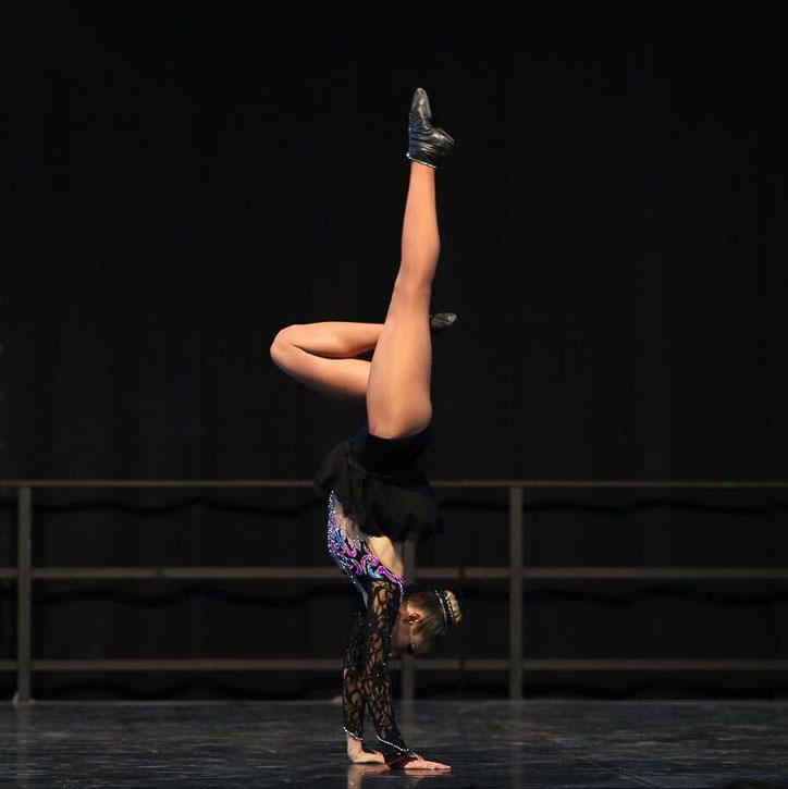 Marisa Hofmeister bei einem Tanz-Wettkampf